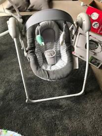 Baby Swing - Badabulle NEW