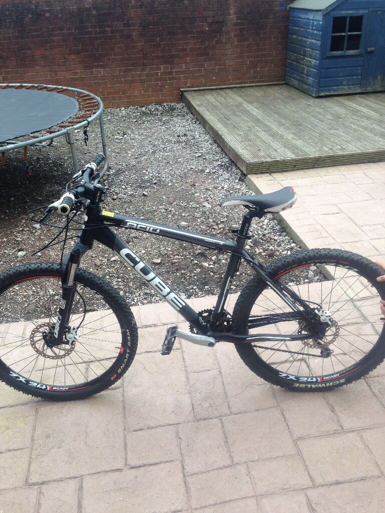 Cube acid mountain bike 26 inch wheels 18 inch frame good condition has light scuffs nothing muchin Cheadle, StaffordshireGumtree - CUbe acid mountain bike 26 inch wheels 18 inch frame disk brakes 27 gears does have some light scuffs nothing major £200 ono
