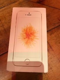 iPhone SE 32GB brand new gold on o2