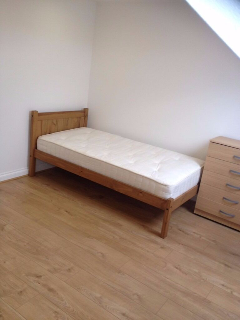 NEWLY REFURBISHED DOUBLE ROOM TO RENT ON GREEN LANE, SEVEN KINGS FOR £550PCM!! ALL BILLS INCLUDED!!