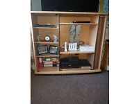 Large tv/media unit stand