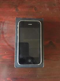 iPhone 3G S CUMS WITH ORIGINAL BOX