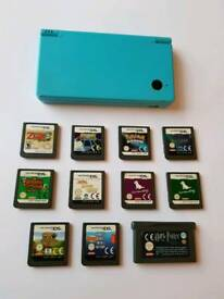 Nintendo DSI Turquoise with 11 games!