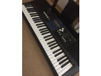 Yamaha PSR333 keyboard and stand for sale