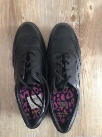 Brand New Girls Clark's Shoes 3E