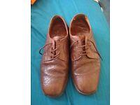 Loaks mens shoe