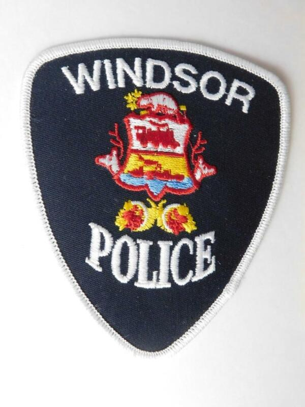 WINDSOR POLICE VINTAGE PATCH BADGE ONTARIO CANADA COAT OF ARMS COLLECTOR