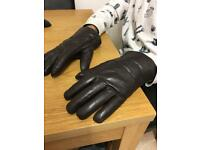 UGG Australia men's gloves genuine leather and wool