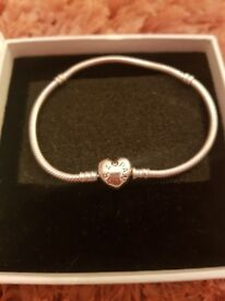 Pandora moments silver heart braclet