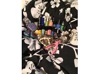 Beauty/jewellery bundle