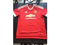 Men's Manchester United shirt (large)