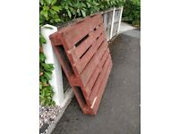 **FREE PALLET TO FIRST TO COLLECT FROM SK8 / CHEADLE*