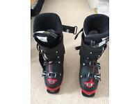 Ski boots Salmon Xpro 80 size 7.5 UK