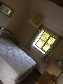 1Bedroom Cottage, £650 including bills