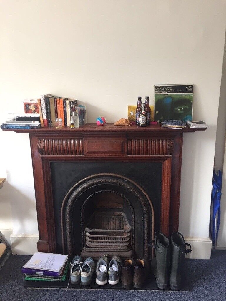 Beautiful double room 5 minutes walk from Ealing Broadway station