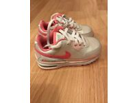 Girl's Nike Air Max trainers size 7.5