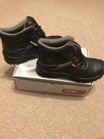 TUF Work boots