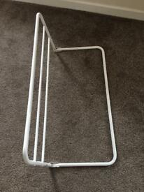 Metal bed guard
