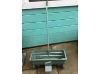 Fisons seed spreader