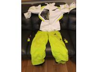 Spyder ski suit size 140 (9 to 10 year old)