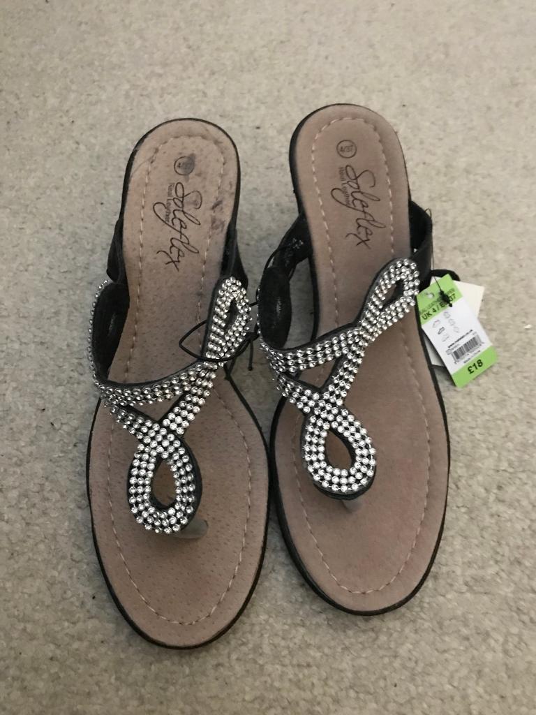 178054c73aa5 BNWT Ladies Matalan Wedge Shoes