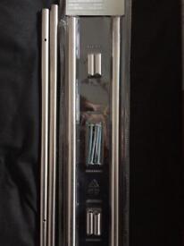 Wardrobe handles