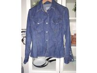 D & G fitted denim shirt size s