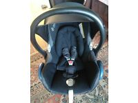 2 x Maxi Cosi Cabriofix car seat excellent condition!