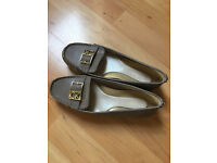 New Calvin Klein Kami Leather Sandals Flats Loafer Shoes Size US 7.5M