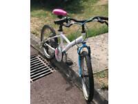 Beautiful medium size girl bike