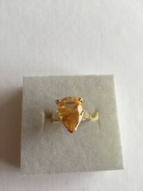 9K Citrine Yellow Gold Ring. Size N