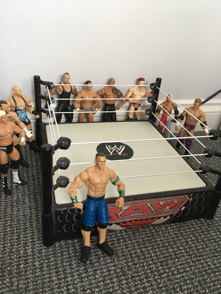 WWF Ring & Figures