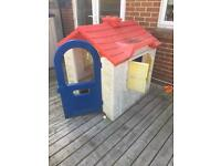 Kids playhouse
