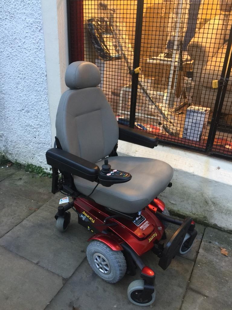 Electric Wheelchair With Lift