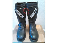 SIDI COURIER BOOTS.