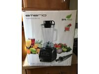 professional blender - never been used; unwanted gift