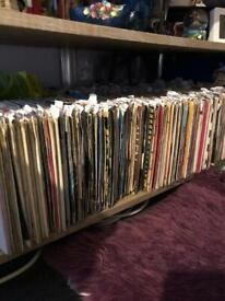 """1300+ 7"""" vinyl records bundle lot in very good condition 60's 70's 80's"""