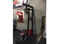 Commercial Lat Pulldown with low row attachment
