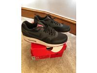 c40ed7c3 Nike air max - Women's Trainers for Sale | Page 3/11 - Gumtree