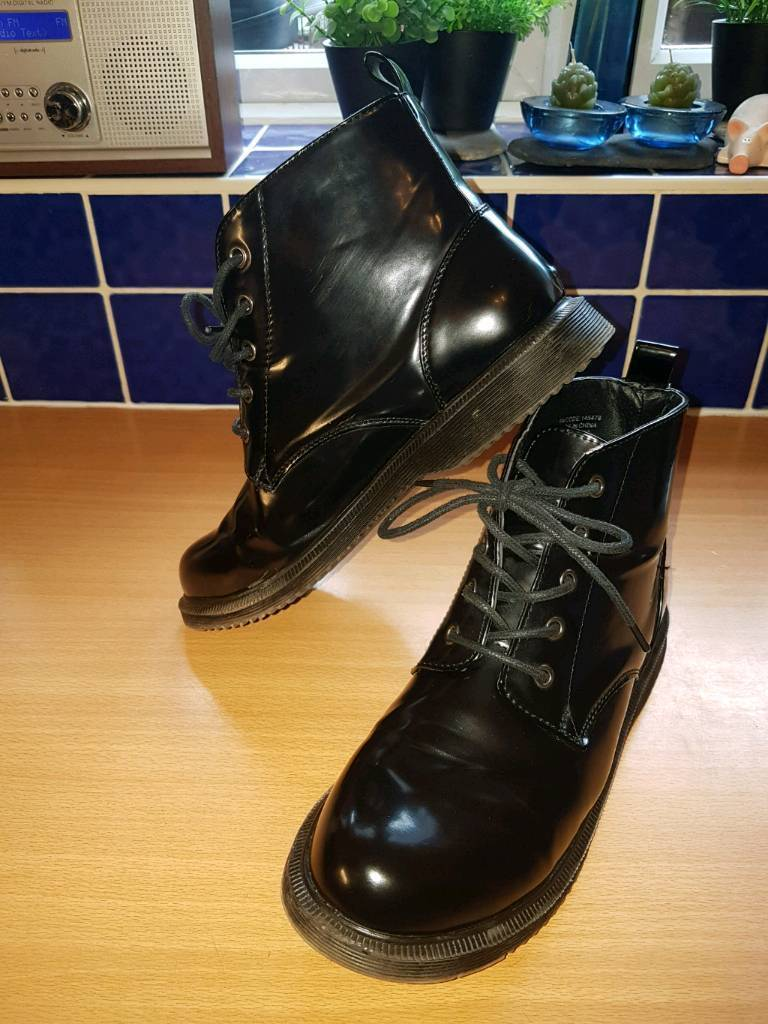 3x boots for £6