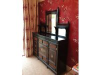 Unusual sideboard unit with Mirrored back