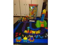 HUGE ELC HAPPY STREET HAPPYLAND CONSTRUCTION SET WITH LOADS OF EXTRA TRACK, VEHICLES ETC