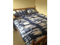 Good condition king size bed
