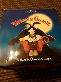 Wallace and grommit teapot brand new, used but in good condition