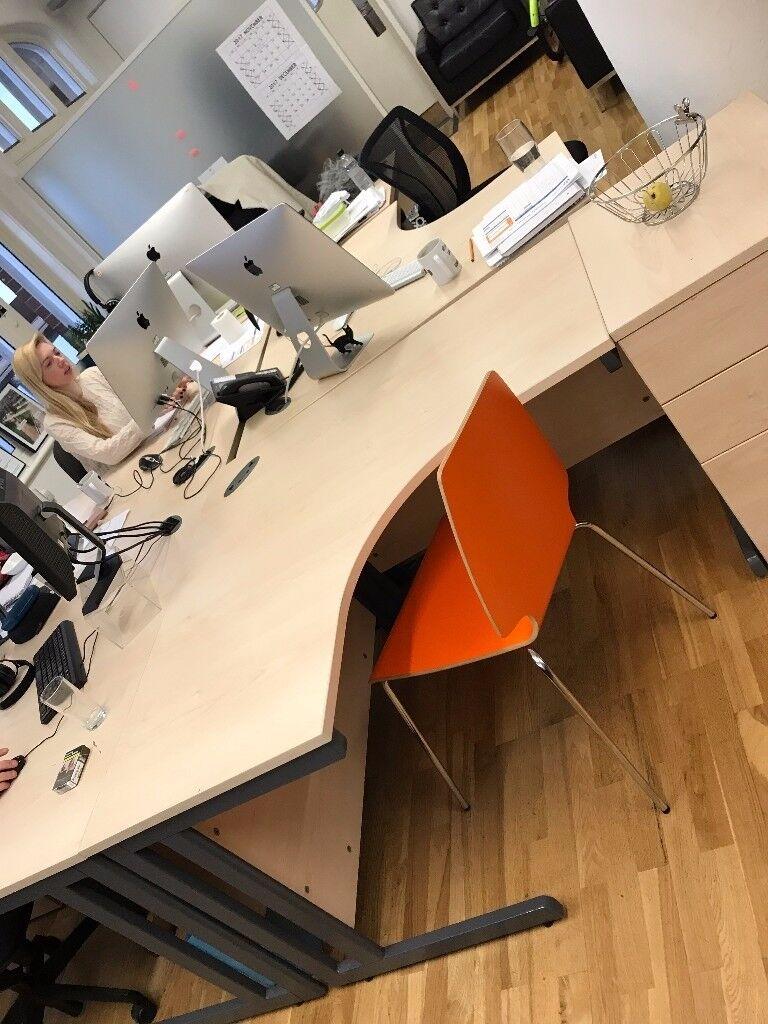 8 x Eight Corner Desks Tables Office Furniture Wooden Metal Legs