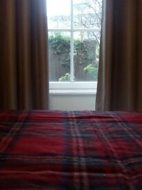 lovely double room with private garden. real ciity centre