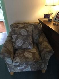 Sofa Bed Settee and Two Armchairs