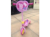 Peppa pig scooter. Good condition. Now outgrown.