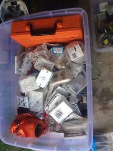 Box of Electrical items Maroubra Eastern Suburbs Preview