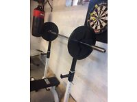 6FT Olympic barbell with 2 20KG plates